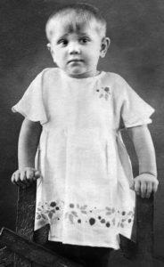 Маленькая Лариса, 1940 год